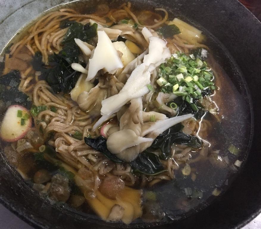 小ネタ カップうどん・そばが生麺に!?